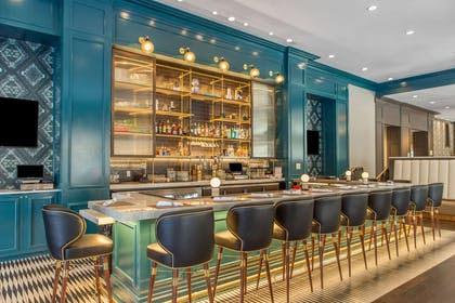 Hotel bar | Cambria Hotel Downtown Dallas