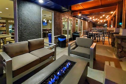 Firepit | Cielo Hotel Bishop-Mammoth, an Ascend Hotel Collection Member