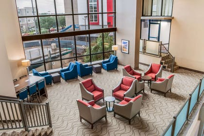 Hotel lobby | Comfort Inn & Suites At Copeland Tower