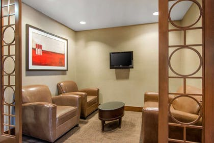 Lobby with sitting area | Comfort Suites Lithonia- Stonecrest -Near Mall