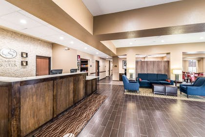 Front desk | Comfort Suites Grand Prairie - Arlington North