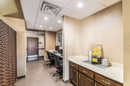 Business center | Comfort Suites Grand Prairie - Arlington North