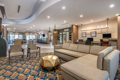 Lobby with sitting area | Comfort Suites Fort Lauderdale Airport & Cruise Port