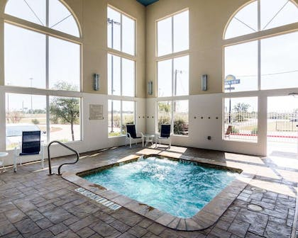 Indoor heated pool with hot tub   Comfort Suites Gainesville