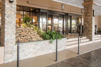 Hotel exterior | Copeland Tower Suites, an Ascend Hotel Collection Member