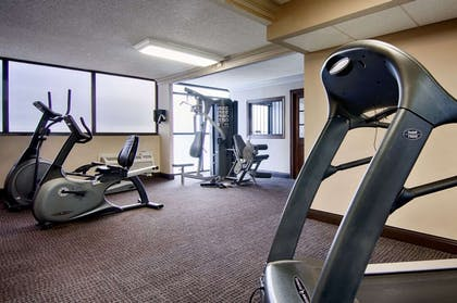 Fitness center | Copeland Tower Suites, an Ascend Hotel Collection Member