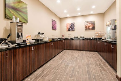 Breakfast counter | MainStay Suites Moab near Arches National Park