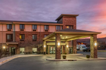 Hotel exterior | MainStay Suites Moab near Arches National Park