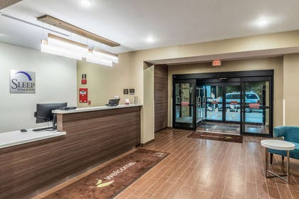 Hotel lobby | Sleep Inn & Suites - Fossil Creek