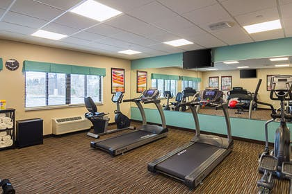 Fitness center | Suburban Extended Stay Hotel