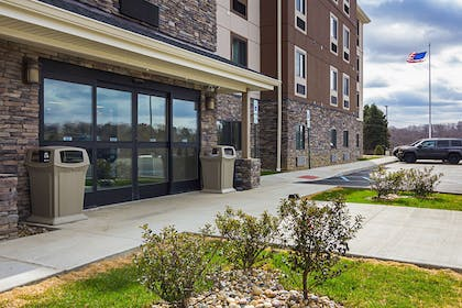 Hotel entrance | Suburban Extended Stay Hotel