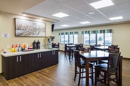 Spacious breakfast area | Suburban Extended Stay Hotel