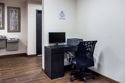 Business center | Suburban Extended Stay Hotel