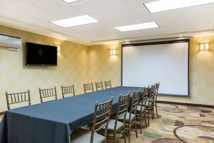 Meeting room | The Oaks Hotel & Suites, an Ascend Hotel Collection Member