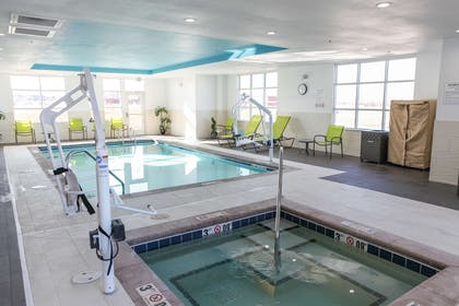 Pool | Hampton Inn & Suites Lafayette Medical Center, CO