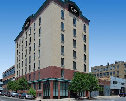 Red Lion Long Island City | Red Lion Inn & Suites Long Island City