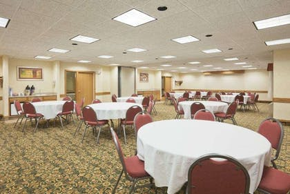 Meeting Room | Baymont by Wyndham Portage Indiana Dunes