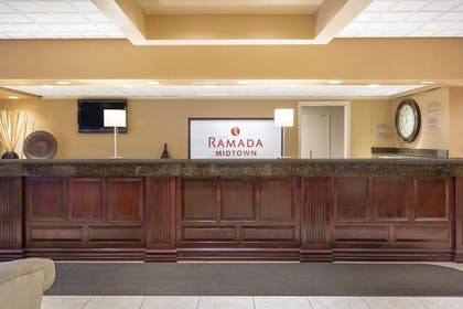 Lobby | Ramada by Wyndham Midtown Grand Island