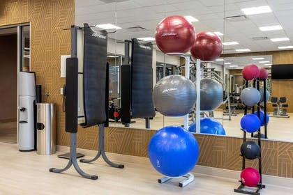 Exercise room | Cambria Hotel Omaha Downtown