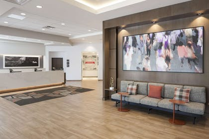 Reception | Hampton Inn & Suites Phoenix Downtown