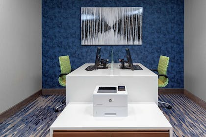 Business Center | Hampton Inn & Suites Overland Park South