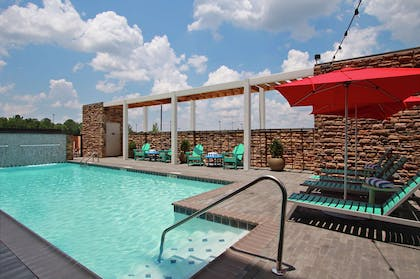 Pool   Home2 Suites by Hilton Mobile I-65 Government Boulevard