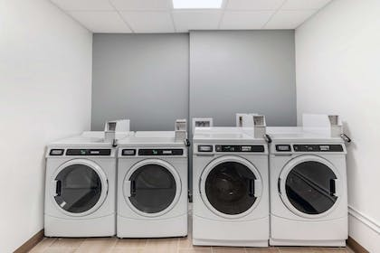 Guest laundry facilities | MainStay Suites Denver International Airport