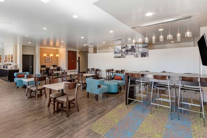 Spacious breakfast area | Sleep Inn & Suites Denver International Airport