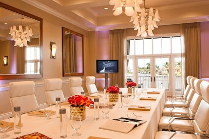 Bayview Boardroom | LaPlaya Beach & Golf Resort - A Noble House Resort