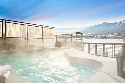 Hotel Terra Rooftop Hot Tub | Hotel Terra Jackson Hole - A Noble House Resort