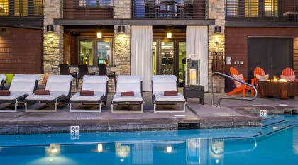 Hotel Terra Pool | Hotel Terra Jackson Hole - A Noble House Resort