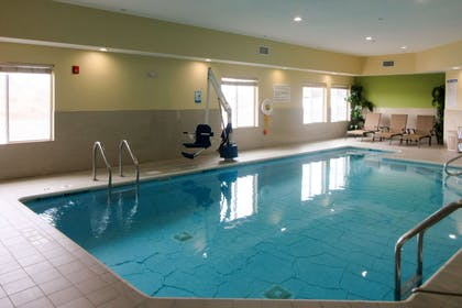 Indoor pool | Quality Inn & Suites Glenmont - Albany South