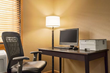 Business Center | AmericInn by Wyndham Detroit Lakes