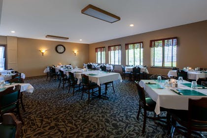 Restaurant | AmericInn by Wyndham Silver City