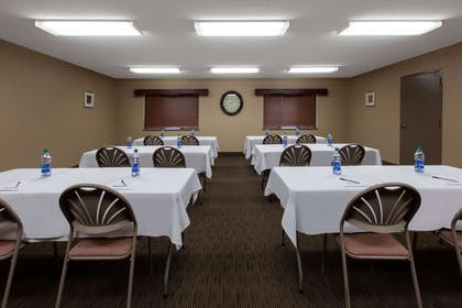 Meeting Room | AmericInn by Wyndham Silver City