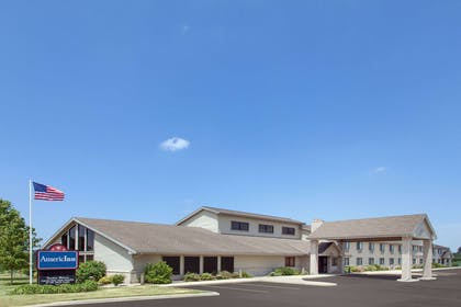 Exterior | AmericInn by Wyndham Webster City