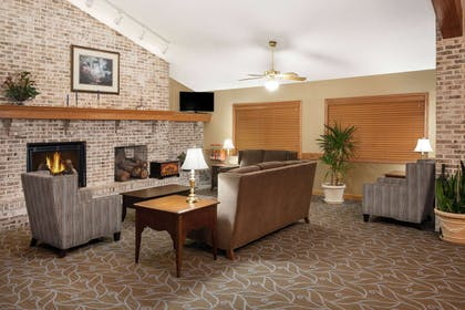 Lobby | AmericInn by Wyndham Webster City