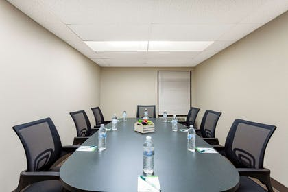 Meeting Room | Wingate by Wyndham Kissimmee Celebration