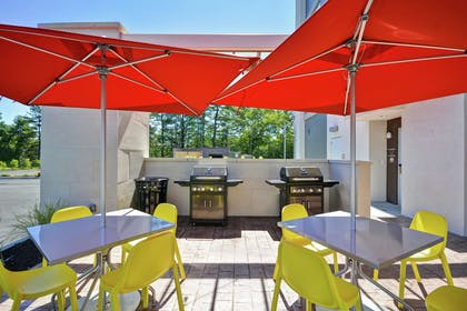 Exterior | Home2 Suites by Hilton Queensbury Glens Falls