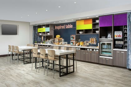Restaurant | Home2 Suites by Hilton Charlottesville Downtown