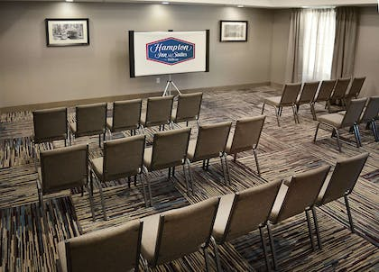 Meeting Room | Hampton Inn & Suites Philadelphia/Media