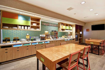 Breakfast Area | Home2 Suites by Hilton Victorville