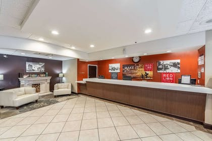 San Angleo Front Desk | Red Lion Hotel San Angelo
