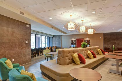 Lobby   Home2 Suites by Hilton Rochester Mayo Clinic Area