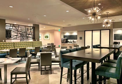 The Bridge Bistro + Lounge | Best Western Premier Hotel at Fisher's Landing