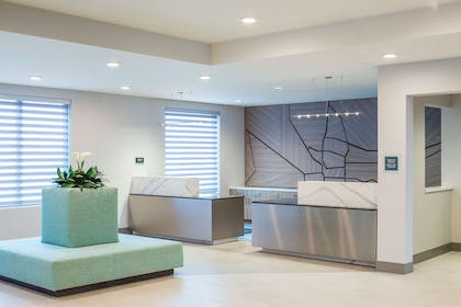 Front Desk and Lobby | Best Western Premier Hotel at Fisher's Landing