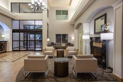 Lobby | Wingate by Wyndham Moses Lake