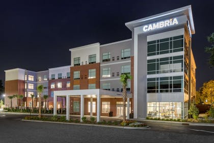 Hotel exterior | Cambria Hotel Mount Pleasant – Charleston