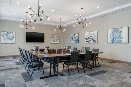 Meeting room | Cambria Hotel Mount Pleasant – Charleston