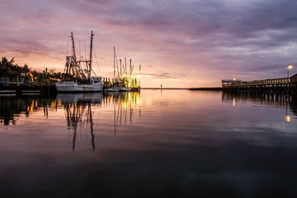Sunset over Shem Creek | Cambria Hotel Mount Pleasant – Charleston